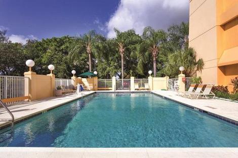 Etats-Unis-Miami, Hôtel La Quinta Inn & Suites Miami Airport East 3*