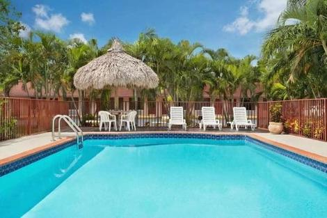 Etats-Unis-Miami, Hôtel Super 8 Motel   Florida Cityhomestead 3*