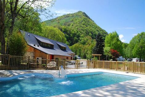 France Midi-Pyrénées : Camping La Forêt - Camping Sites et Paysages