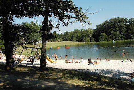 France : Camping du Lac de Lislebonne