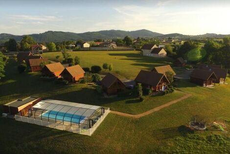 France : Camping Domaine des Monts du Maconnais