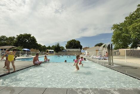 France : Camping Flower Camping Le Bel Air