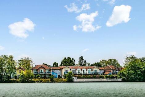 France : Résidence locative Pierre & Vacances Le Hameau du Lac