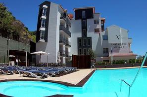 Hôtel Santa Cruz Village Hotel