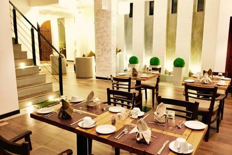 Sri Lanka-Colombo, Hôtel 8 Plus Motels 3*