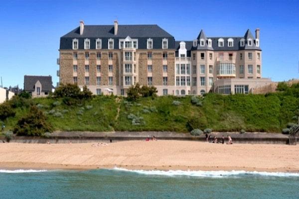 Hotel reine marine appartement saint malo france bretagne for Hotel appart bretagne