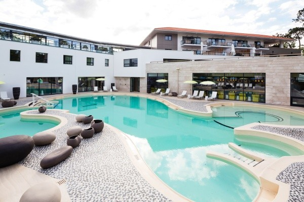 Hotel thalazur les bains d 39 arguin arcachon france cote for Piscine arcachon horaires