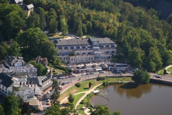 Principal - HOTEL SPA DU BERYL Hôtel HOTEL SPA DU BERYL3* Bagnoles de l'Orne France Normandie