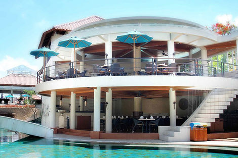 Bali-Denpasar, Hôtel Away Bali Legian Camakila 4*