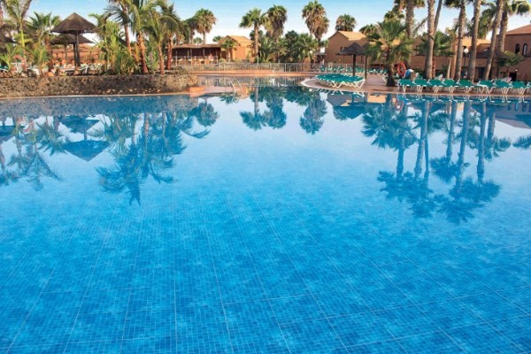 Piscine - Oasis Dunas  Hôtel Oasis Dunas3* Fuerteventura Canaries