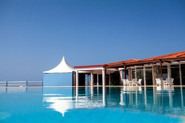 Hotel murdeira village resort murdeira cap vert for Cap vert dijon piscine
