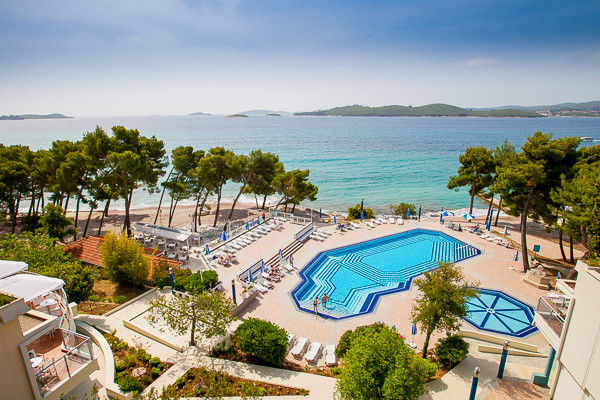 Vue d'ensemble sur la piscine - Aminess Grand Azur (Ex Grand Hotel Orebic) Hotel Aminess Grand Azur (Ex Grand Hotel Orebic)4* Dubrovnik Croatie