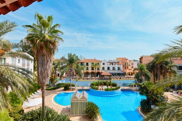 Hotel portaventura 4 entr e ferrari land acc s illimit portaventura park salou espagne - Promo entree port aventura ...