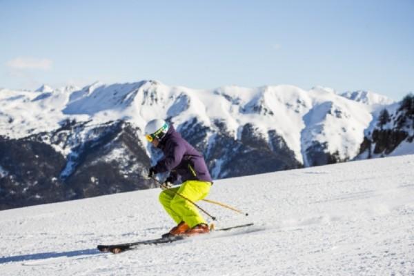 Skieur - Les Chalets de Puy-Saint-Vincent Résidence avec services Les Chalets de Puy-Saint-Vincent Briancon France Alpes