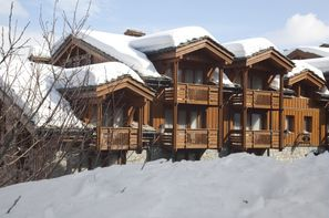 France Alpes-Courchevel, Résidence avec services Pierre & Vacances Premium Les Chalets du Forum