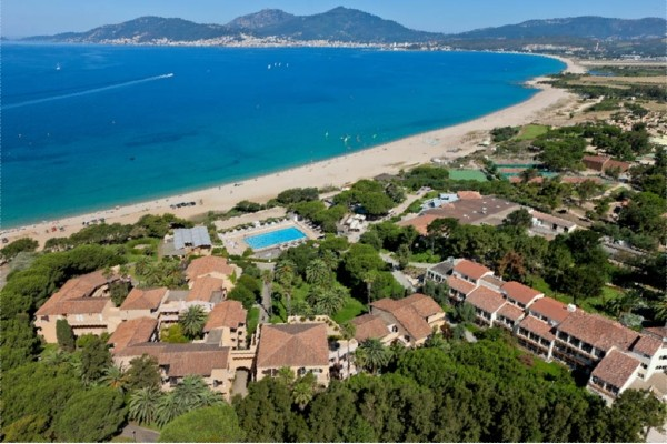 Hotel club marina viva ajaccio france corse promovacances for Hotels en corse