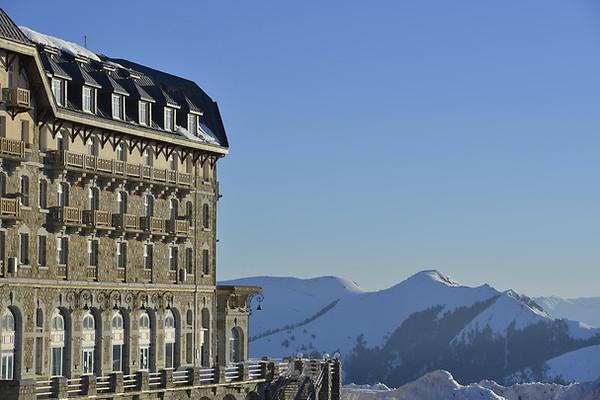Séjour Midi-Pyrénées Village club de Superbagnères + forfait et matériel de ski