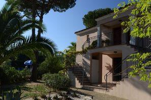 France Provence-Cote d Azur-Gassin, Résidence locative Prestige Le Clos Bonaventure