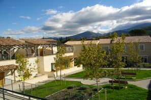 France Provence-Cote d Azur-Malaucene, Résidence locative Les Mazets du Ventoux