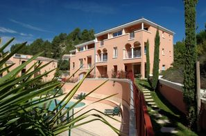 France Provence-Cote d Azur-Manosque, Résidence locative La Licorne de Haute-Provence