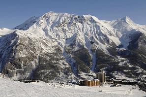 France Provence-Cote d Azur-Orcieres 1850, Village club d'Orcières 1850 + forfait et matériel de ski 3*