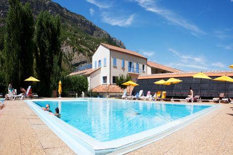 France Rhone-Alpes-Remuzat, Village Vacances Les Lavandes*