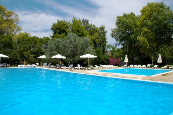 Vue des piscines - Cosmos Hôtel Cosmos3* Athenes Grece