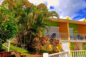 Iles Grenadines-Fort de France, Pension Villa Bleu Marine
