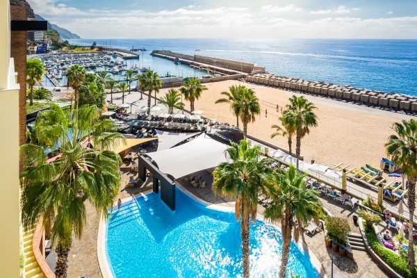 Vue de haut - Savoy Calheta Beach Hôtel Savoy Calheta Beach4* Funchal Madère