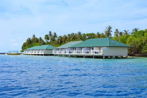 Maldives-Male, Hôtel Embudu Village 3*