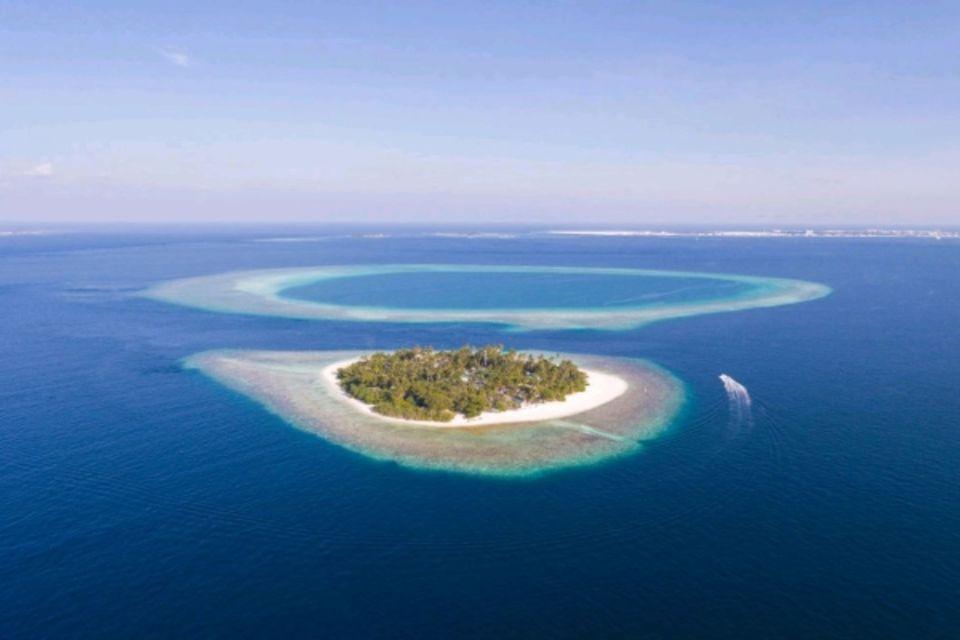 Hôtel Malahini Kuda Bandos Resort Male Maldives
