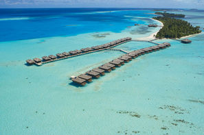 Maldives-Male, Hôtel Medhufushi Island Resort 4*