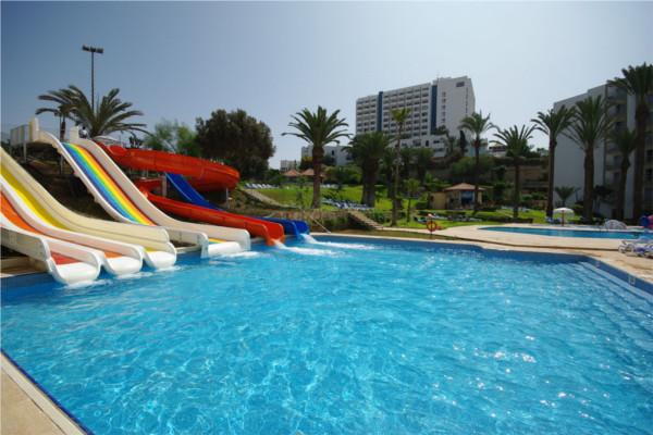 Hotel maxi club kenzi europa agadir maroc promovacances for Club rabat piscine
