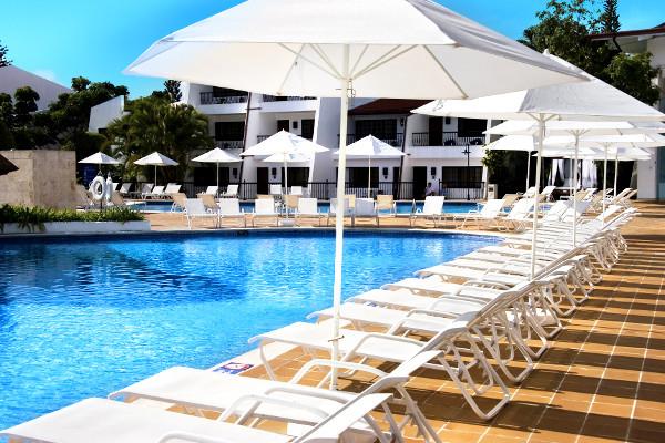 Piscine - Blue Bay Villas Doradas Hôtel Blue Bay Villas Doradas4* Puerto Plata Republique Dominicaine