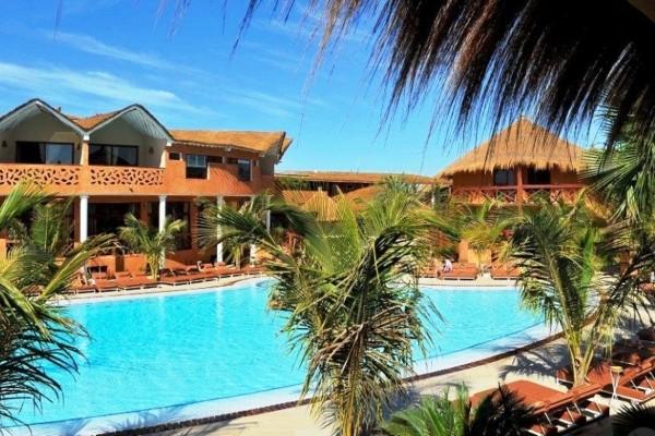 Vue de la piscine et des logements - Lamantin Beach Resort & Spa Hôtel Lamantin Beach Resort & Spa5* Dakar Senegal