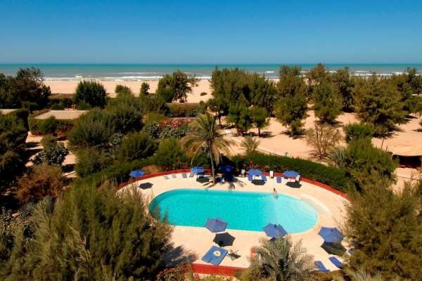 Piscine et vue d'ensemble du Mermoz - Mermoz + location de voiture Hôtel Mermoz + location de voiture3* Dakar Senegal