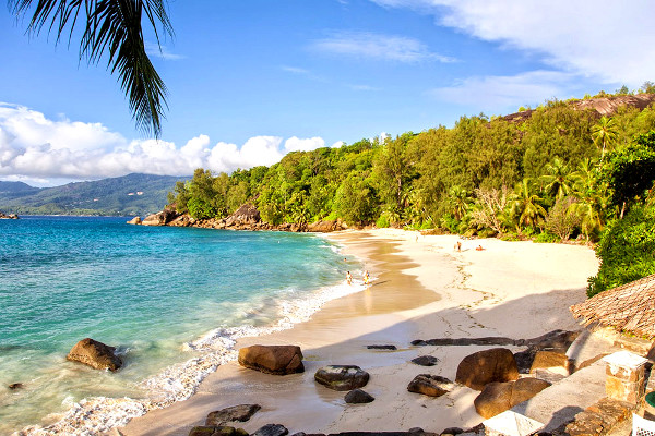 Plage attenante à l'hôtel - Anse Soleil Beachcomber Hotel Anse Soleil Beachcomber2* Mahe Seychelles