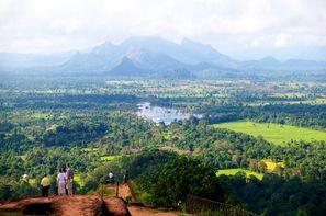 Sri Lanka-Colombo, Hôtel & Circuit L'essentiel du Sri Lanka ** et 3*