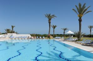 Club Al Jazira Beach & Spa