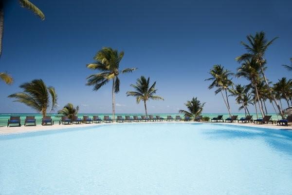 Piscine - Karafuu Beach Resort & Spa Hôtel Karafuu Beach Resort & Spa5* Zanzibar Zanzibar